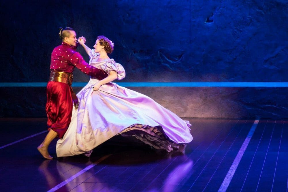 Broadway in Chicago's 'King and I' is something wonderful at the Oriental Theatre