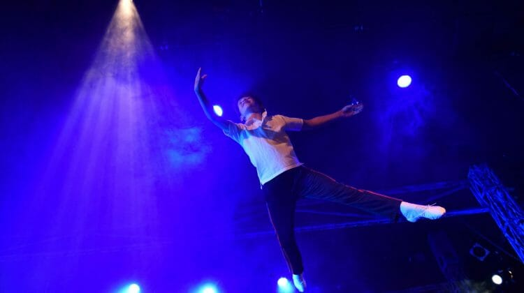 'Billy Elliot' electrifies homecoming for Porchlight in its new digs inside the Ruth Page Center for the Arts