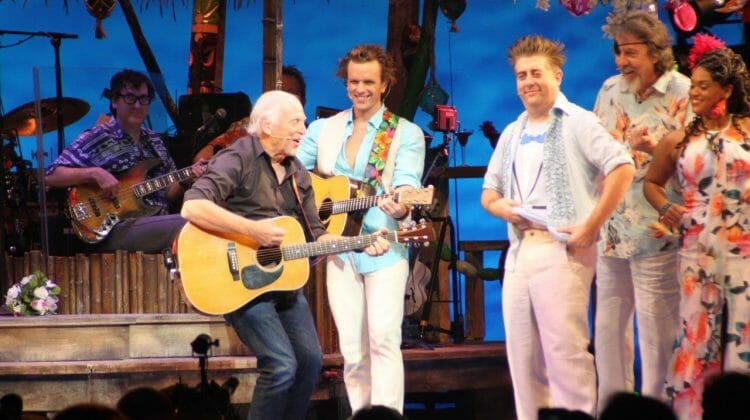 Broadway in Chicago's pre-Broadway 'Margaritaville' provides pure escape, just like Jimmy's music