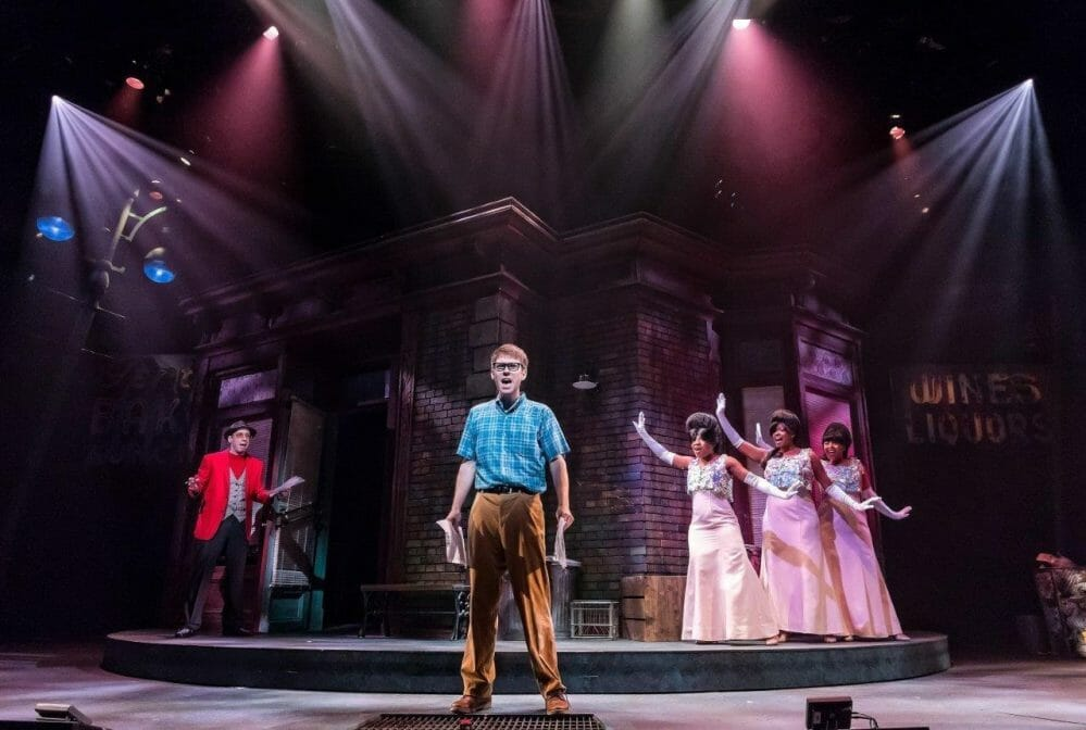 Drury Lane's 'Little Shop' brings skid row to Oakbrook Terrace, and it never sounded better